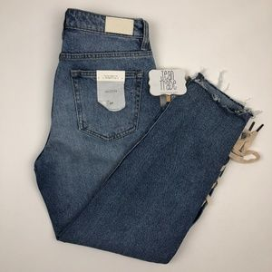 NWT Hidden Jeans Tracey High Rise Straight Crop